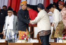 Jokowi dan Prabowo Tampak Akrab, SBY Walk Out