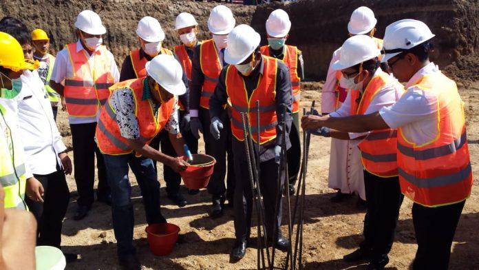 Bupati Sikka Ingatkan Proyek IGD Rp 38 Miliar Tidak Boleh Mangkrak