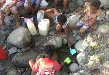Warga Empat Desa di Mego Konsumsi Air Kubangan