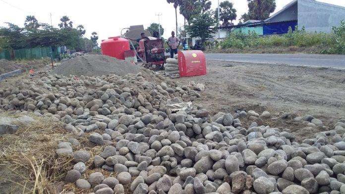 Dipindahkan dari Bola-Hale, Proyek Jalan Lingkar Luar Terbengkelai