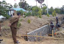 Bupati Sikka Sidak Proyek Jalan Rp 5 Miliar di Lingkar Luar