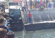 Mobil Tercebur Laut di Wuring, Berhasil Dievakuasi