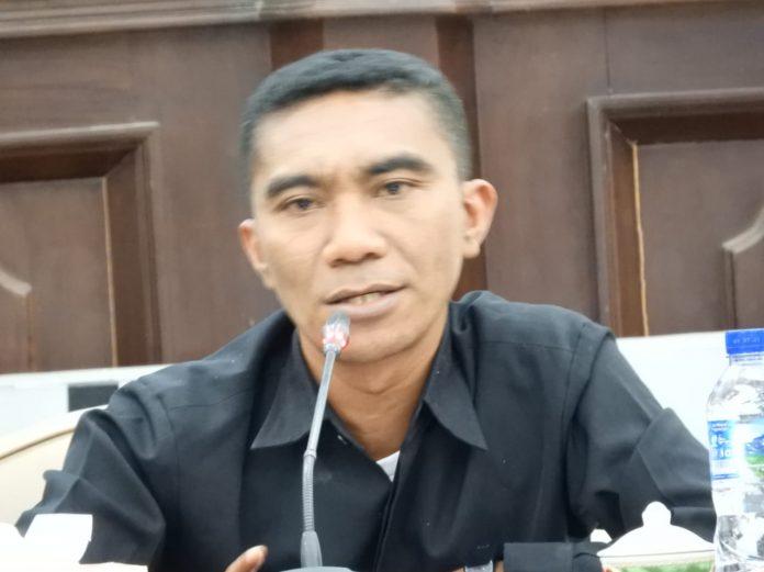 DPRD Sikka Umumkan Pimpinan DPRD Definitif