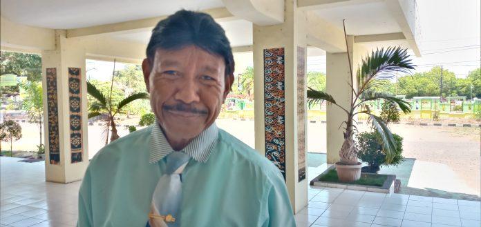 Setelah 7,5 Tahun, Sekda Sikka Valens Tupen Resmi Berhenti