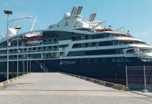 Kapal Turis Le Laperose Bawa 161 Wisman ke Watublapi