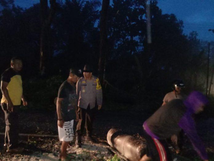 Kapolres Sikka Dihadang Pemalak Jalan di Mego