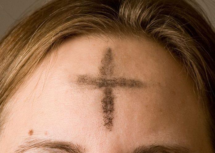 Umat Katolik Memasuki Masa Puasa