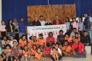 Anak Panti Asuhan Alma Nyanyikan Lagu Selamat Ulang Tahun untuk Wartawan di Sikka