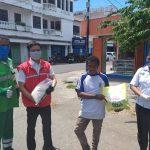 Elnusa Petrofin Maumere Bagi Sembako untuk Pekerja Informal dan Kaum Papa