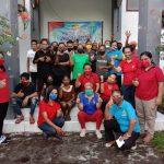 WKRI Maumere Bagi 115 Paket Sembako dan 500 Masker