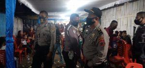 Tidak Taat Protokoler Kesehatan, Polisi Bubarkan Pesta Pernikahan