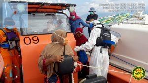 Speed Puskesmas Teluk Mati Mesin di Tengah Laut