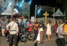 Umat Membludak di Gereja Katedral, Polisi Perketat Prokes
