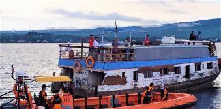 Basarnas Maumere Selamatkan 50 Penumpang Pemana Raya