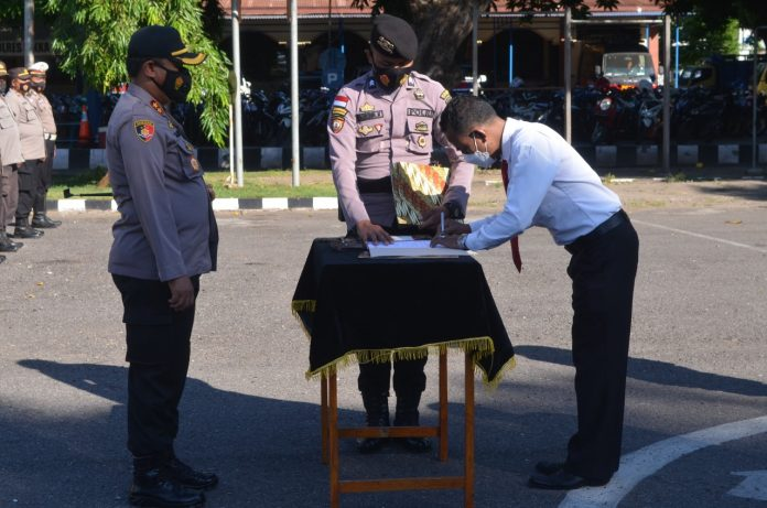 Polisi di Sikka Ikrar Tidak Pakai Narkoba